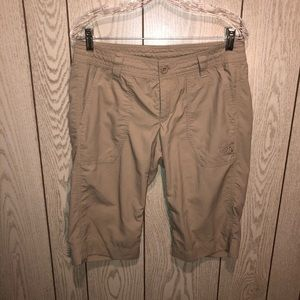 North Face tan cropped pants long shorts 10